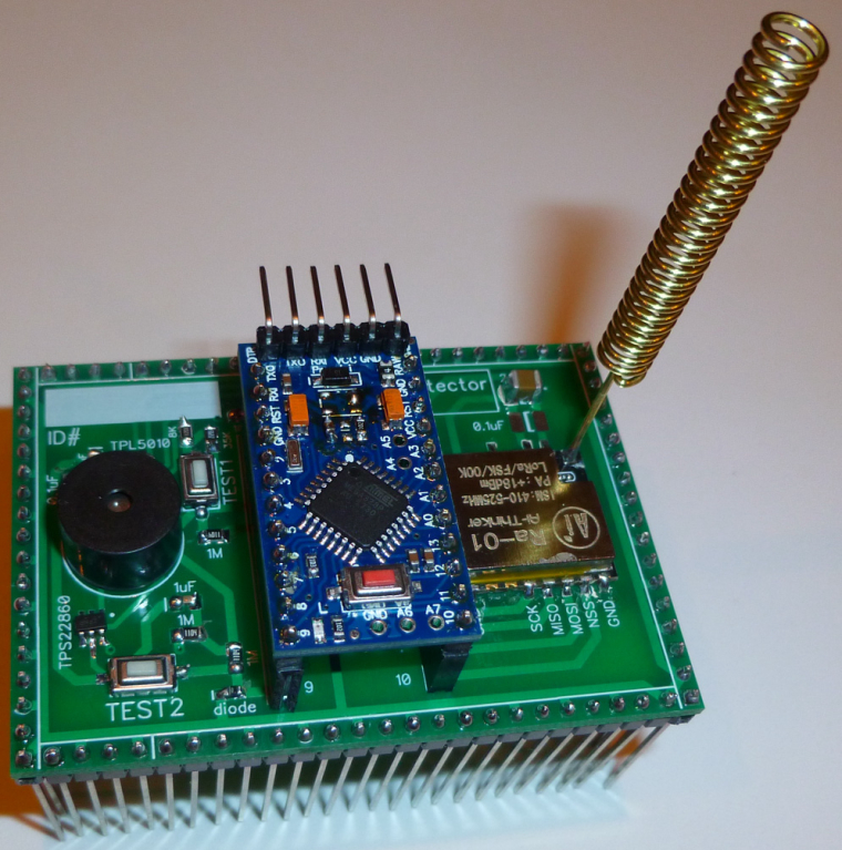 Extremely Simple Arduino Pro-Mini LoRa Water Leak Detector
