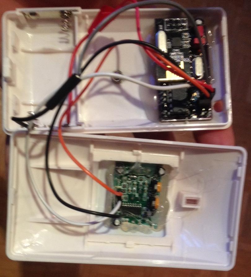 Motion Sensor Recycled based on minimalistic PCB arduino design