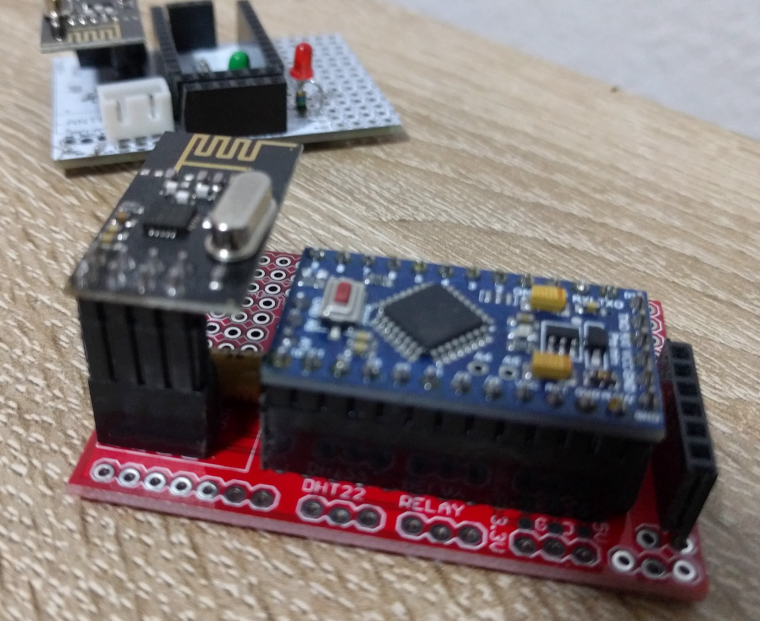 Pcb design with nrf l and arduino pro mini mysensors
